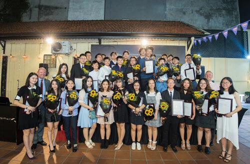 Lễ trao chứng chỉ giáo dục Trung học quốc tế (IGSE) Năm học 2017 – 2018