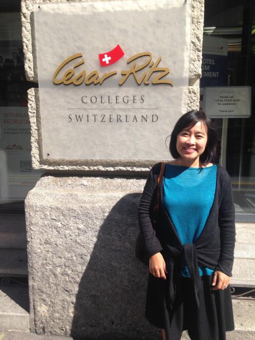 Đại diện công ty tư vấn du học Cầu Xanh tại Cesar Ritz, Thuỵ Sỹ