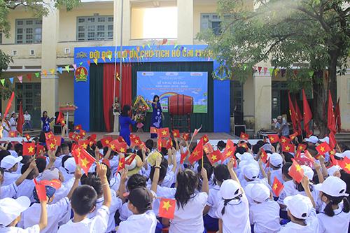 Lễ khai giảng muộn tại Quảng Trị. Ảnh: Hoàng Táo