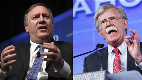 Ngoại trưởng Mỹ Mike Pompeo (trái) và cựu cố vấn an ninh quốc gia John Bolton. Ảnh: AP.