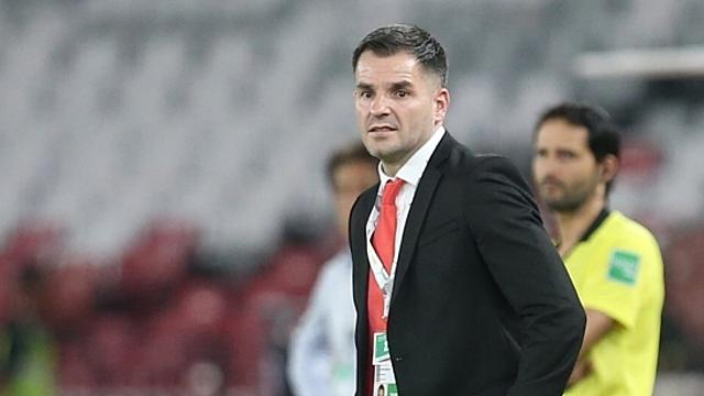 Ông McMenemy đứng trước nguy cơ bị sa thải sau khởi đầu bết bát của Indonesia tại vòng loại World Cup 2022. Ảnh: Siam.