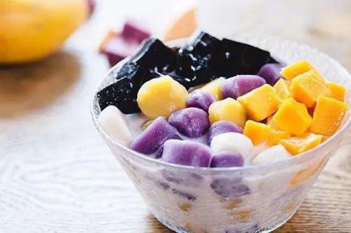 Chè khoai dẻo là món ăn bổ dưỡng, tốt cho tiêu hóa.