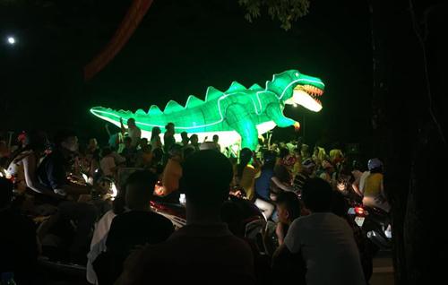 Tái hiện lại hình ảnh oai hùng của loài khủng long.