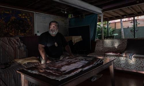 Murrumu Walubara tại ngôi nhà ở thành phố Cairns, Australia. Ảnh: NYTimes.