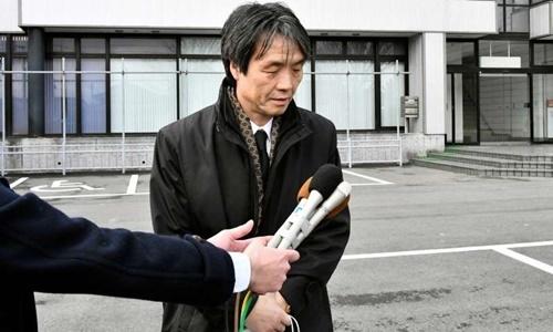 Kaoru Hasuike trong một lần trả lời báo chí vào năm 2017. Ảnh: Asahi Shimbun.