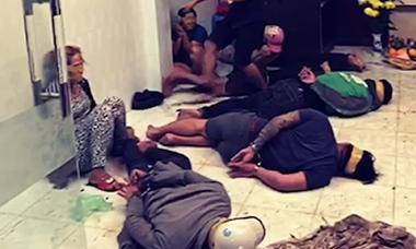 Triệt phá băng nhóm dàn cảnh bán dâm trộm cắp