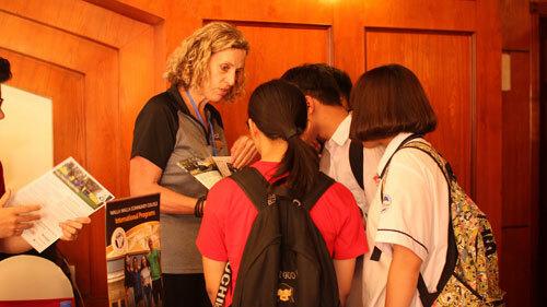 Ngày hội du họchứa hẹn tạo nên sự đa dạng cho lựa chọn học tập của học sinh và sinh viên Việt Nam.