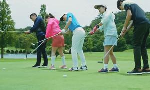 Bóng chơi golf thông minh tự lăn vào lỗ