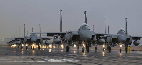 Tiêm kích F-15 Arab Saudi biểu diễn Voi đi bộ hồi đầu năm 2019. Ảnh: Rihan.