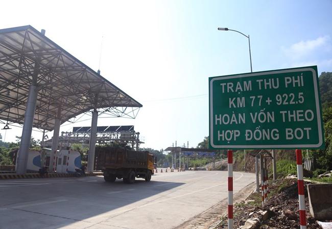 Trạm thu phí BOT trên quốc lộ 3 qua Thái Nguyên. Ảnh: Phạm Dự.