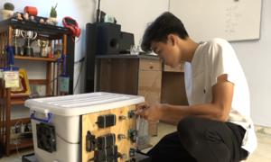 Học sinh lớp 9 sáng chế máy ấp trứng gà, vịt