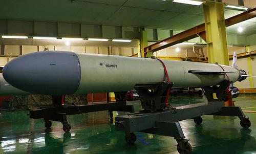 Tên lửa Soumar tại nhà máy chế tạo của Iran năm 2017. Ảnh: Tasnim.