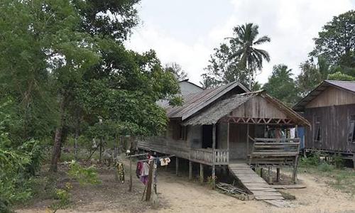 Một khu nhà của người Paser Balik ở huyện Penajam Paser Utara, tỉnh Đông Kalimantan, Indonesia. Ảnh: CNA.