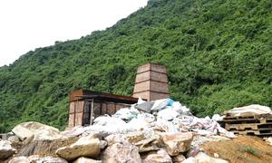 Lò đốt rác điện tử xây trái phép trong rừng