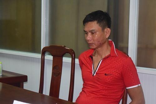 Nguyễn Văn Tiến tại cơ quan điều tra. Ảnh: Trần Hồng