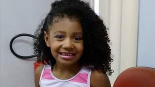 Agatha Vitoria Sales Felix, bé gái Brazil thiệt mạng hôm 20/9. Ảnh: BBC