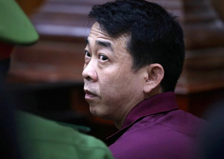 Nguyễn Minh Hùng tại tòa. Ảnh: Hữu Khoa.