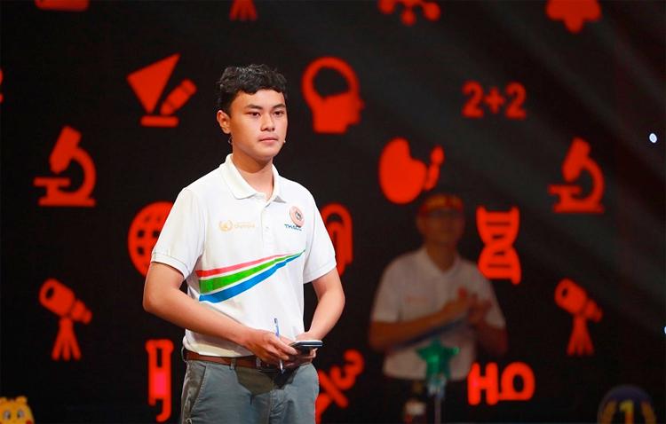 Hải Đăng trong hôm thi chung kết. Ảnh: báo Khánh Hoà