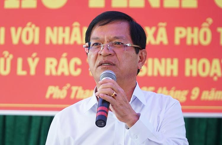 Bí thư Tỉnh ủy Quảng Ngãi Lê Viết Chữ tại buổi đối thoại chiều 25/9.Ảnh: Phạm Linh.