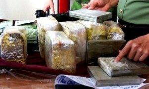 Chiếc ôtô chở 10 kg ma túy
