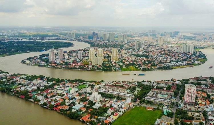 Đoạn sông Sài Gòn chảy qua phường Thảo Điền, quận 2. Ảnh: Quỳnh Trần.
