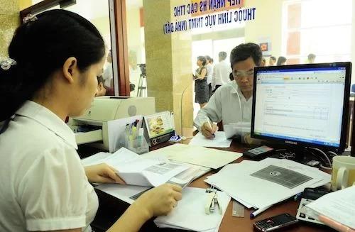 Hà Nội đề xuất tăng thu nhập cho cán bộ trong đề án thí điểm chính quyền đô thị. Ảnh: PV