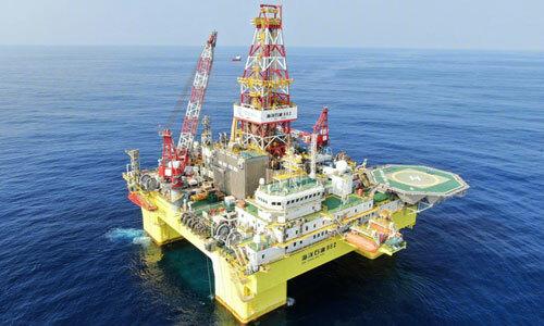 Giàn khoan Hải dương Thạch du 982 chạy thử trên biển năm 2019. Ảnh: SCMP.