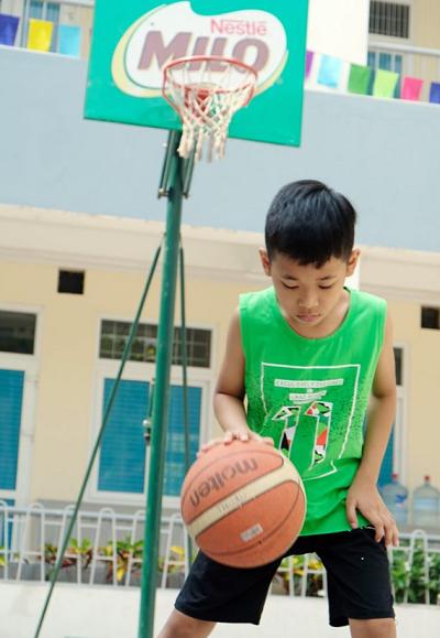 Sự quyết tâm, tinh thần không bỏ cuộc, can đảm vượt khó khăn từ thể thao giúp trẻ có những bài học, trải nghiệm ý nghĩa đầu đời.