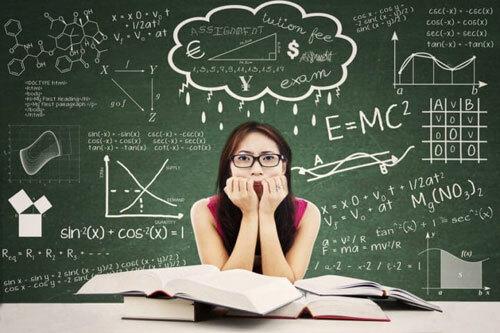 Đừng quá áp lực khi tham gia thi các kì thi chuẩn hóa sớm.