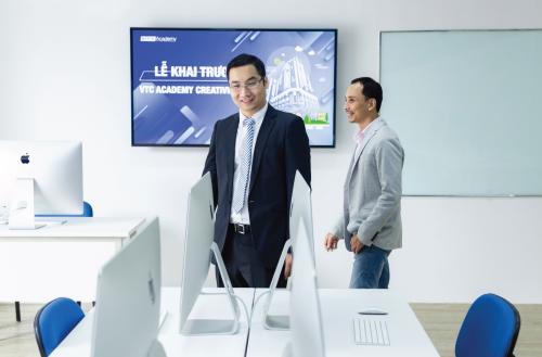 VTC Academy vừa đưa hệ thống trang thiết bị mới gồm các phòng iMac và PC cấu hình mạnh vào sử dụng.