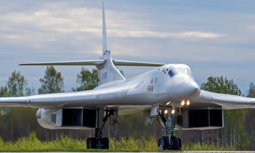 Oanh tạc cơ chiến lược Tu-160 Nga. Ảnh: Russian Planes.