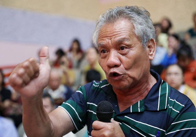 Ông Nguyễn Văn Thạch (nguyên Trưởng Khu phố 1, phường Bình An). Ảnh: Hữu Khoa.