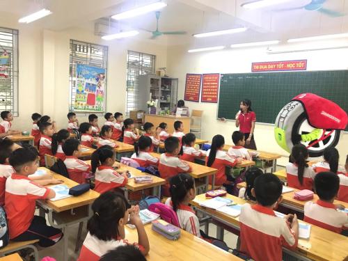 Các lớp học nâng cao ý thức an toàn giao thông chotrẻ nhỏ được tổ chức tại lớp.