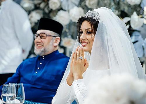 Oksana và cựu vương Muhammad Vtrong tiệc cưới năm ngoái ở Moskva. Ảnh: East2west news