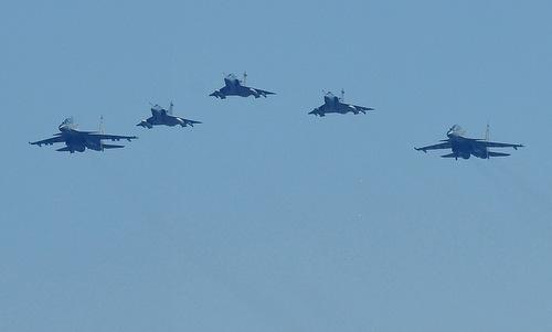Biên đội Mirage-2000 và Su-30MKI trong lễ duyệt binh hôm 8/10. Ảnh: NDTV.