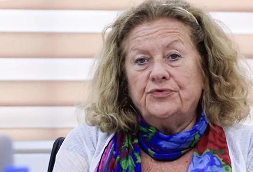 GS Agnes Florin chia sẻ tại tọa đàm Trường học hạnh phúc chiều 8/10. Ảnh: Dương Tâm