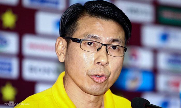Ông Tan Cheng Hoe trao đổi với truyền thông tại trụ sở VFF sáng 9/10. Ảnh: Lâm Thỏa.