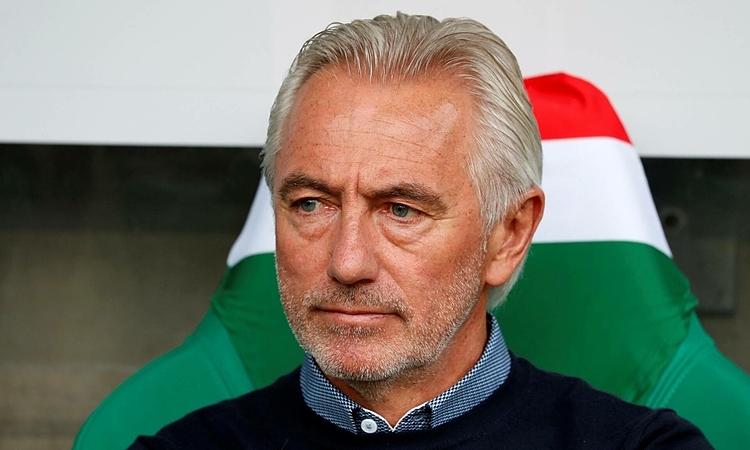 HLV Bert van Marwijk thận trọng trước đội được coi là yếu nhất bảng G. Ảnh: Pro shot.