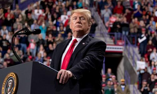 Tổng thống Mỹ Donald Trump tại cuộc vận động ở thành phố  Green Bay, bang Wisconsin hôm 27/4. Ảnh: AP.
