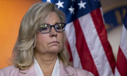Nghị sĩ Cheney sau cuộc họp tại Hạ viện Mỹ hôm 10/10. Ảnh: AP.