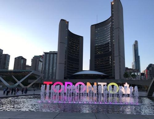 Toronto (Canada) xếp thứ 7 trong 10 thành phố đáng sống nhất thế giới năm 2019. Xin nguồn ảnh.