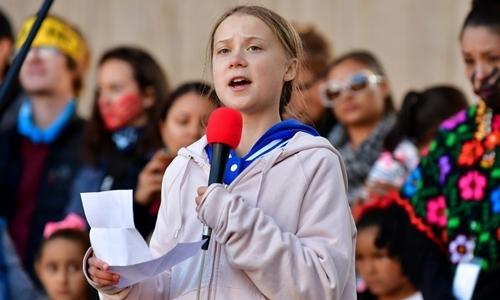 Greta Thunberg trong cuộc mít tinh chống biến đổi khí hậu tại Denver, Mỹ ngày 11/10. Ảnh: AFP.
