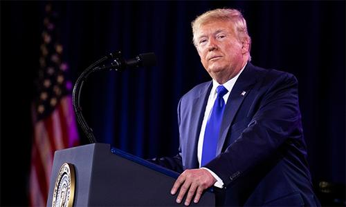 Tổng thống Donald Trump phát biểu phát biểu trong buổi dạ tiệc có tên Niềm tin, Gia đình và Tự do tại Washington D.C, Mỹ ngày 12/11. Ảnh: AP.