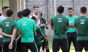 HLV Indonesia căng thẳng trước trận đấu Việt Nam