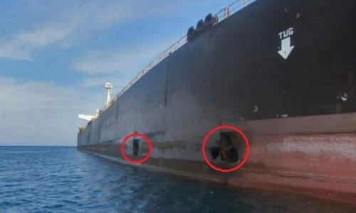 Hai lỗ thủng (khoanh đỏ) do trúng tên lửa trên tàu Sabiti. Ảnh: NITC.