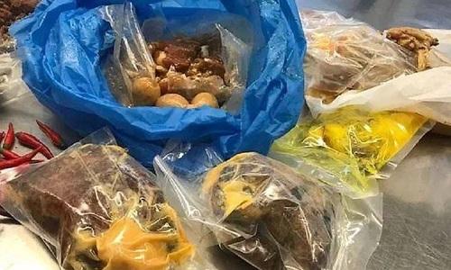 Lô thực phẩm của người phụ nữ Việt Nam bị phát hiện tại sân bay Sydney hôm 12/10. Ảnh: Bộ Nông nghiệp Australia.