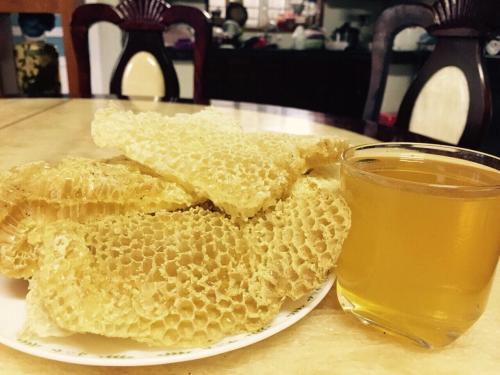 Tiêu đề Đồng Văn: Phát triển bền vững nhờ mật ong bạc hà - 2