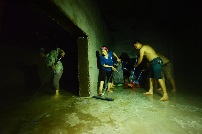 Khu đô thị HH Linh Đàm thau rửa toàn bộ bể nước