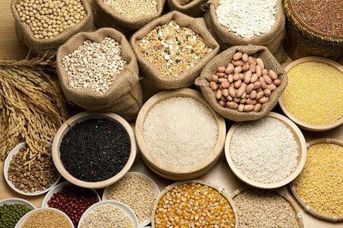 Các loại tinh bột, ngũ cốc. Ảnh minh họa: ST