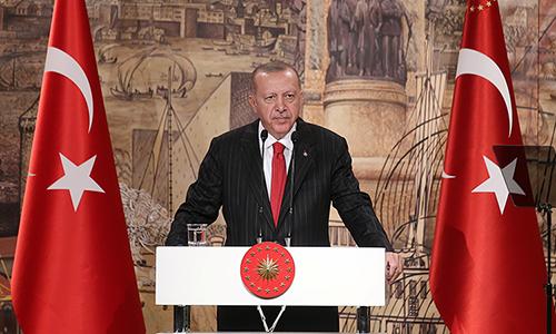 Tổng thống Thổ Nhĩ Kỳ Tayyip Erdogan trong buổi họp báo tại Istanbul ngày 18/10. Ảnh: Reuters.